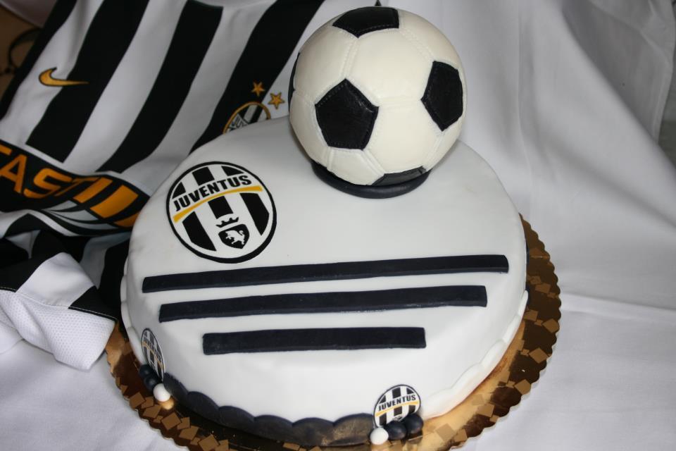 Torta Pallone Calcio Juventus Cakemania Dolci E Cake Design