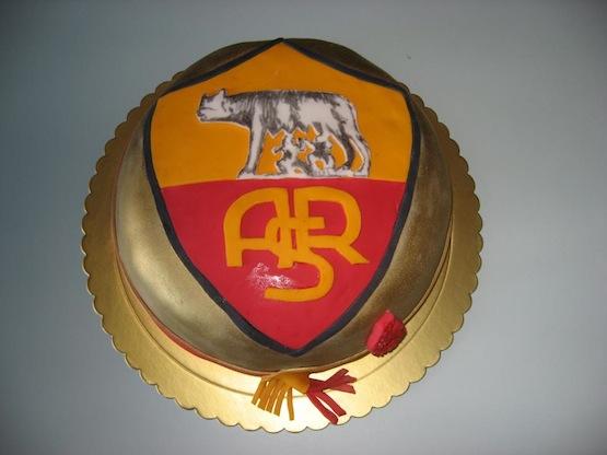 Le torte per i tifosi della roma cakemania dolci e cake - Colorazione pagina della torta di compleanno ...