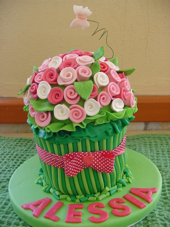 Image Result For Flower Cup Cake