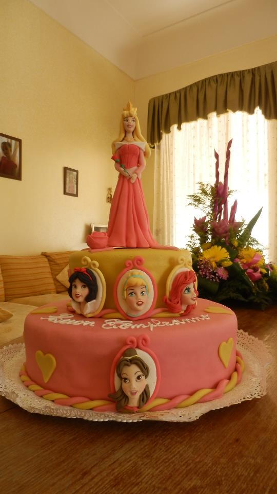 Cake Design Principesse Disney : Le manine laboriose