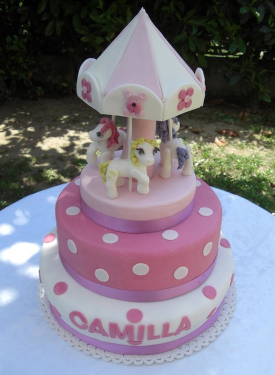 Cake Design Ricette Torte : La torta giostra - gallery di torte di cake design a forma ...