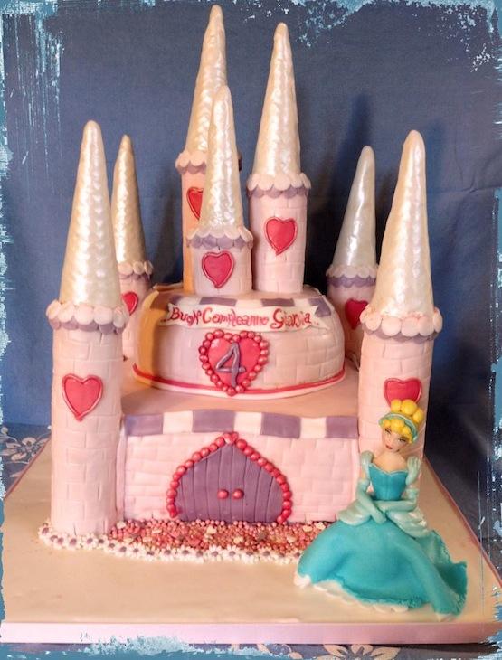 torta castello cenerentola