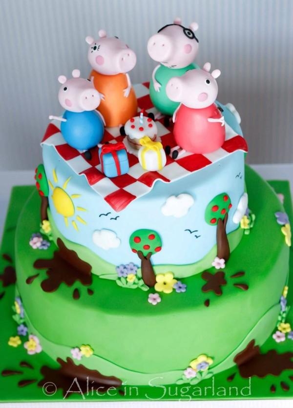 peppapig cake