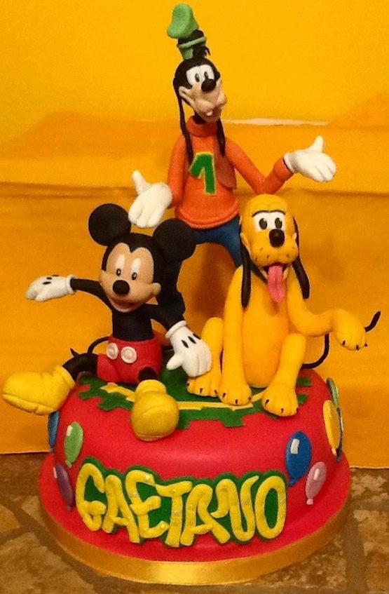 mickey goofy pluto cake