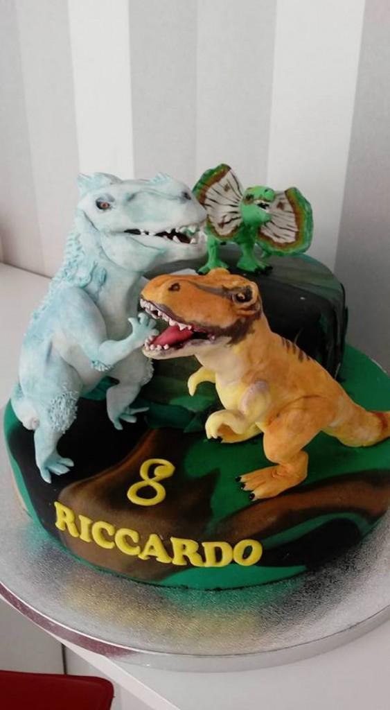 Dino-cake-design: tort...