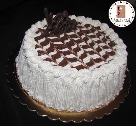 Ricette torte di natale decorate con panna