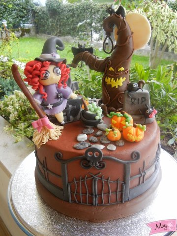 Torte Con Streghe Di Halloween Cupcake Cake Pop Biscotti