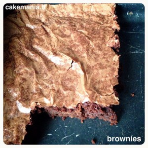 brownies for breakfast! foodporn yeswecake cakeoftheday cakemania RICETTA linkata sul…