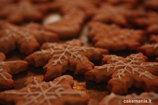 Biscotti Allo Zenzero Di Natale.Biscotti Di Natale Allo Zenzero Ricetta Facile