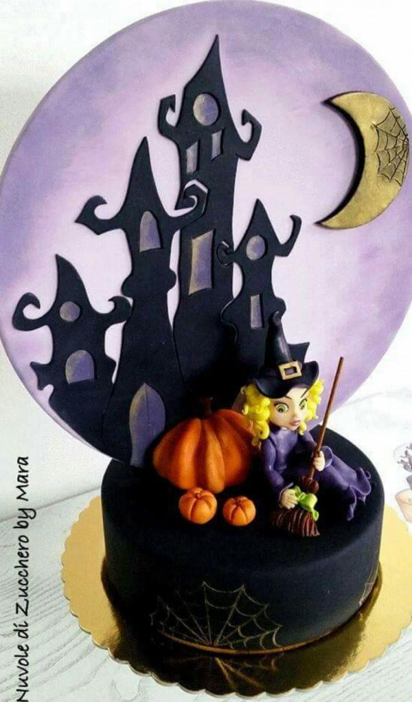 Torte halloween con strega