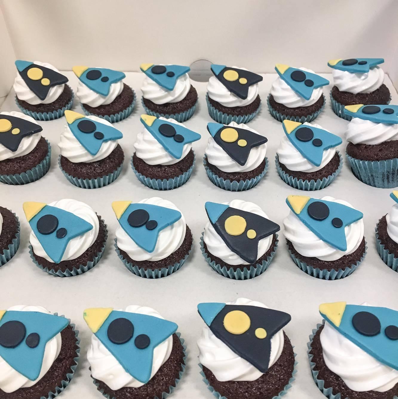 space rocket cupcake
