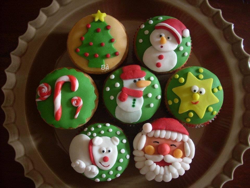 Cupcake decorate per natale - Decorazioni natalizie per torte ...
