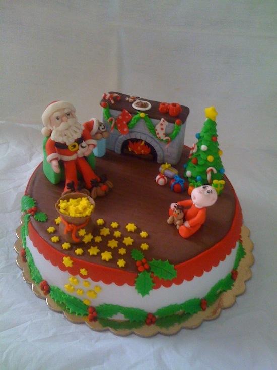 torte decorate e topper babbo natale in pasta di zucchero