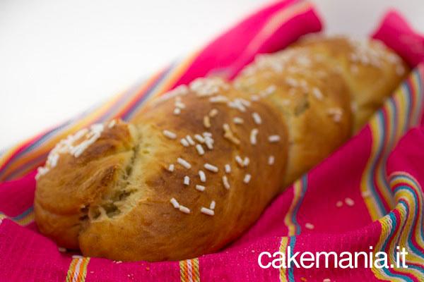 Ricette Segrete Cake Design : Ricetta - Treccia di pane dolce - Cakemania, dolci e cake ...