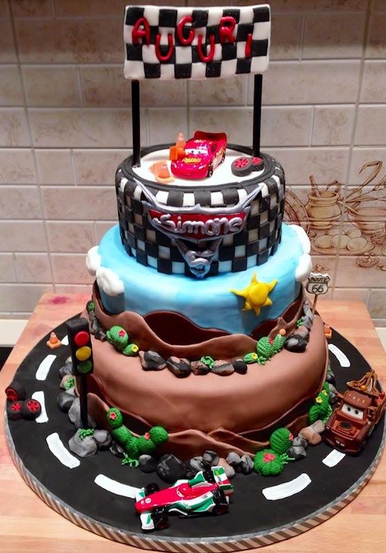 Torte Cars Saetta Mcqueen E Cricchetto In Pasta Di Zucchero