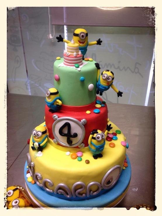 Minions Cake Design Goldilocks