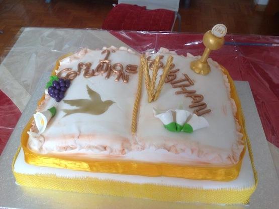 Attrezzatura Per Cake Design Torino : Torte Prima Comunione a forma di libro