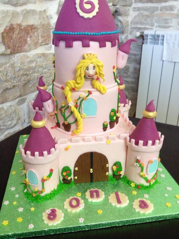 torta castello rapunzel