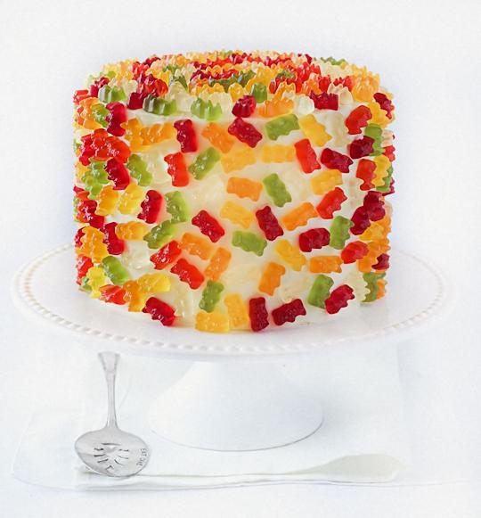 Torta con Gummy Bears, gli orsetti gommosi in vari gusti ... Smarties Box Design