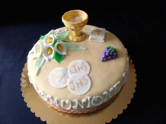 Torta prima comunione di lucia simeone for Decorazione torte prima comunione