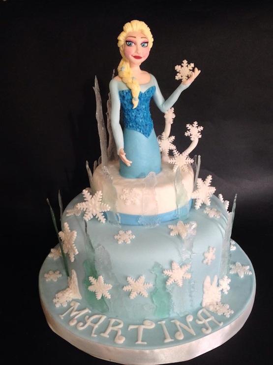 Elsa di frozen ha voglia di cazzo - 5 6