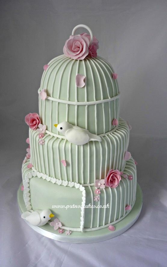 Birdcage Wedding Cake With Cupcakes