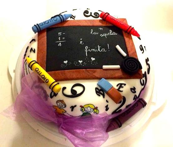 torta scuola lavagna