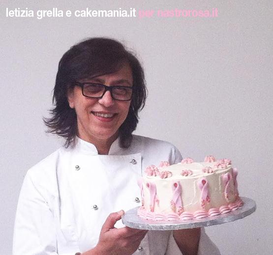 Letizia Grella mud cake cioccolato fondente nastro rosa
