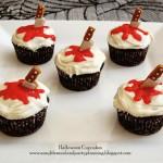 Halloween cupcake con coltello