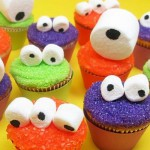 celebrations.com cool-halloween-cupcakes-monsters