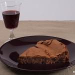 Come abbinare il vino ai dolci: Aleatico e torta al cioccolato fondente.