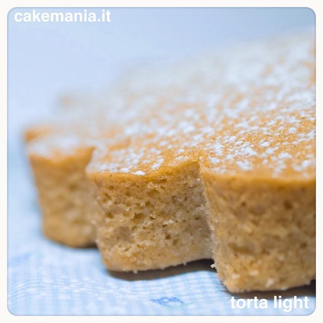 torta light all'acqua senza uova e lievito