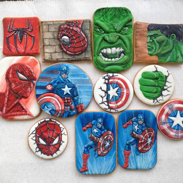 biscotti decorati dei supereroi superhero_cookie