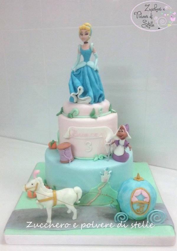 Torta Cake Design Torino : Torta Cenerentola: tante idee per torte di cake design