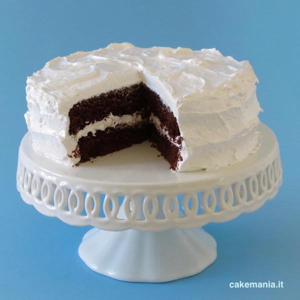 devils-food-cake-con-angel-frosting