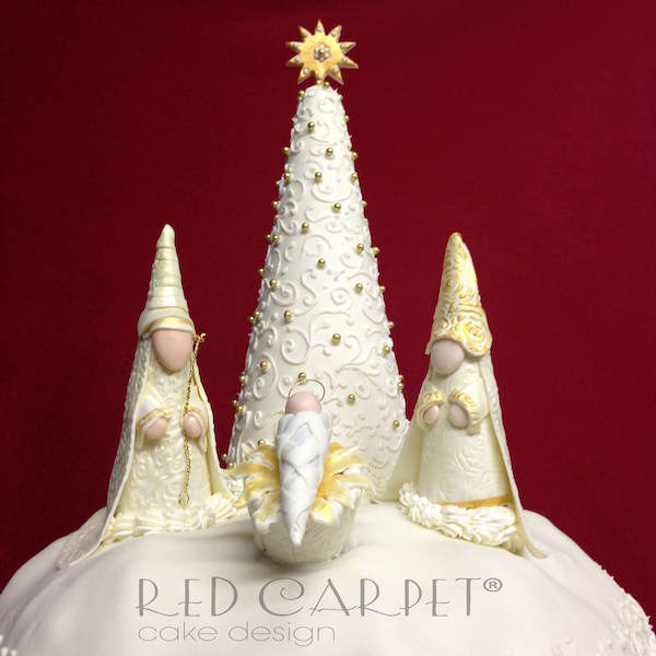 nativity cake gold