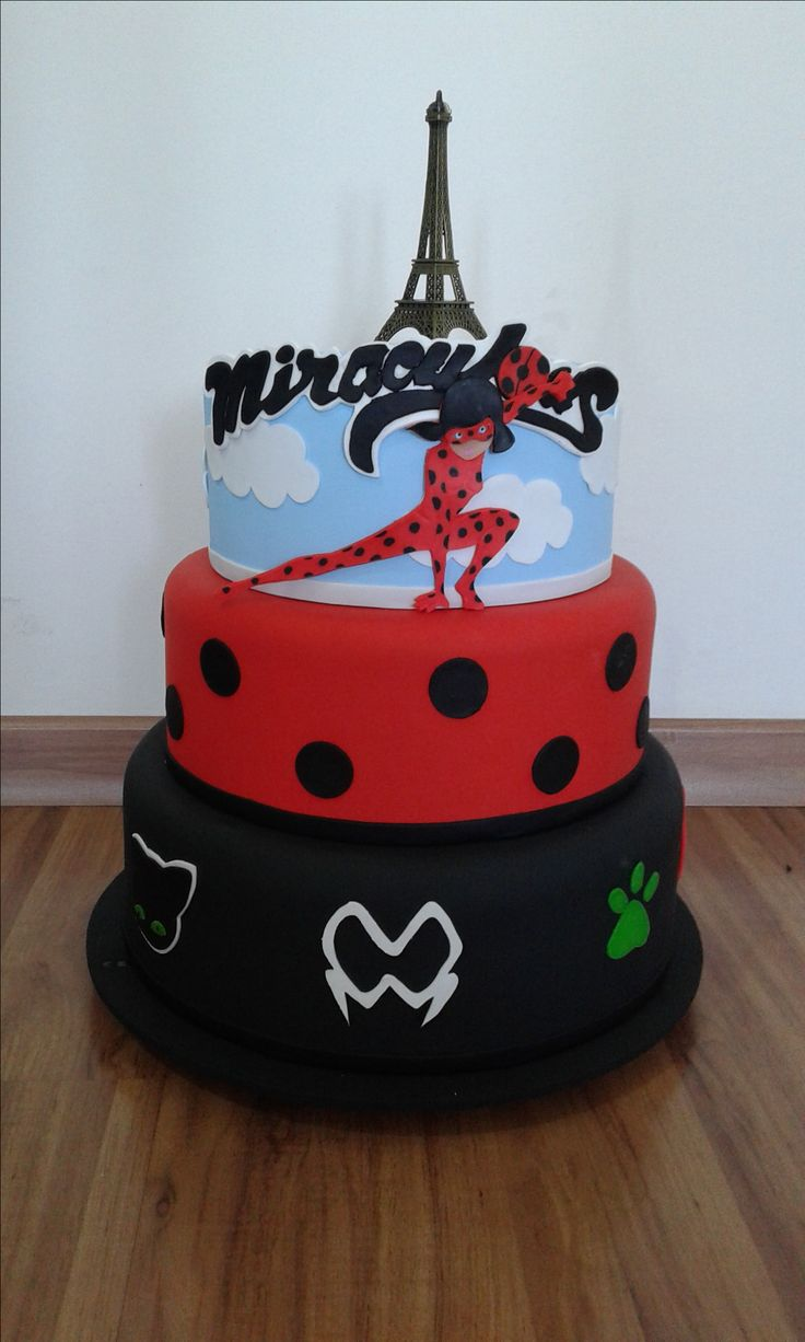 torta miraculous cake