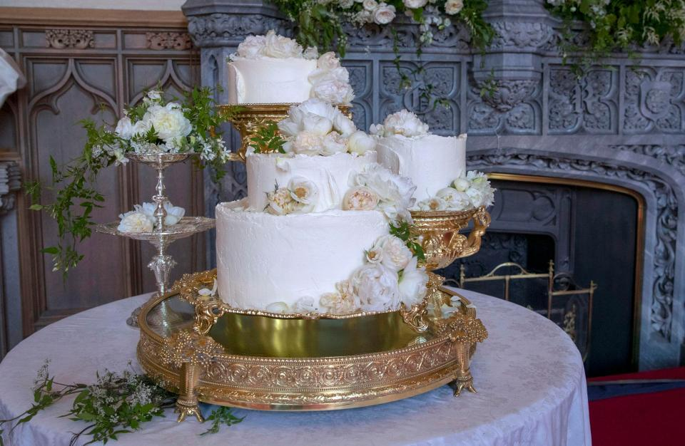Prince-Harry-Meghan-Markle-Royal-Wedding-Cake