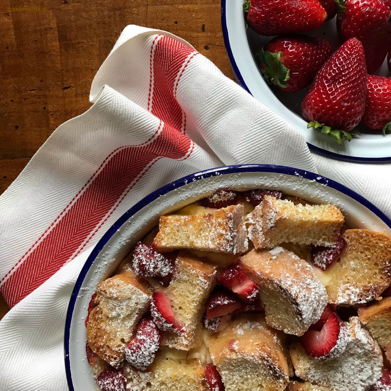 bread andbutter pudding strawberry