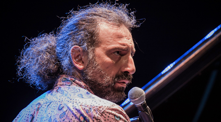 stefano bollani pony tail