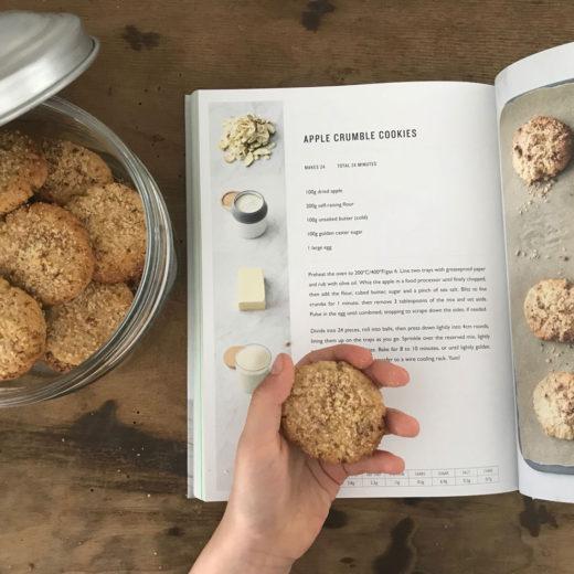 Biscotti al crumble di mele Jamie Oliver