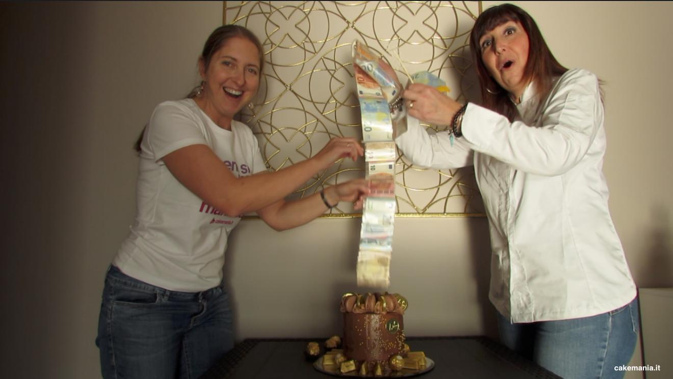 Sorprese Per Un Compleanno videotutorial: come si fa una money roll cake, la torta a