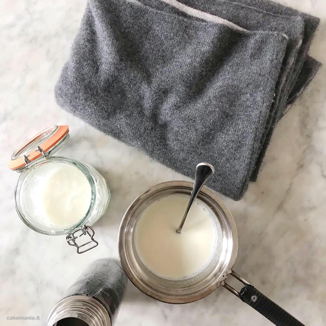 Yogurt fatto in casa senza yogurtiera tutorial cakemania