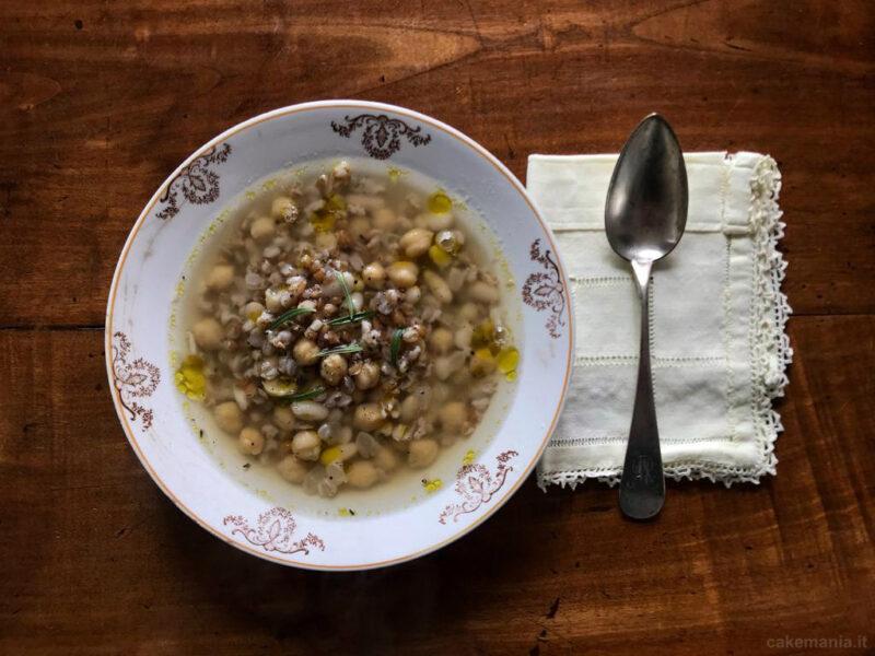 mesciua zuppa di ceci cannellini farro